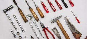 معرفی انواع ابزارهای مربوط به نصب و اتصال در نجاری