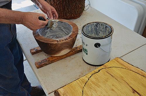رنگ کردن چوب