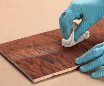 استفاده از رزانه در فینیشینگ محصول چوبی